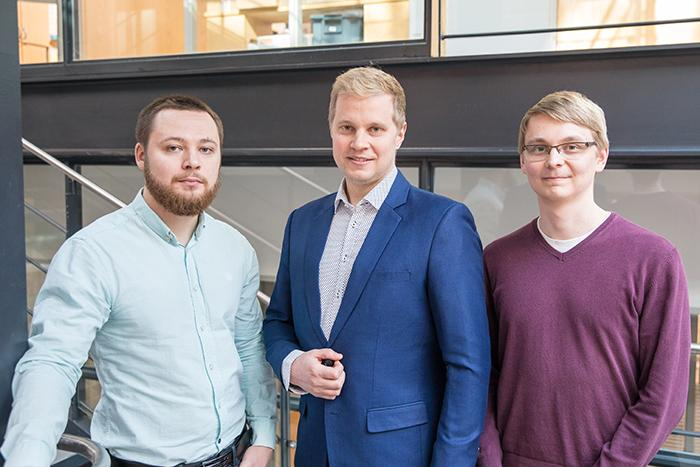 Aalto University members of the collaboration from left to right: Konstantin Tiurev, Mikko Möttönen, and Tuomas Ollikainen. Photo: Mikko Raskinen / Aalto University.